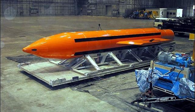 """Estados Unidos lanza la """"madre de todas las bombas"""" contra el Estado Islámico"""