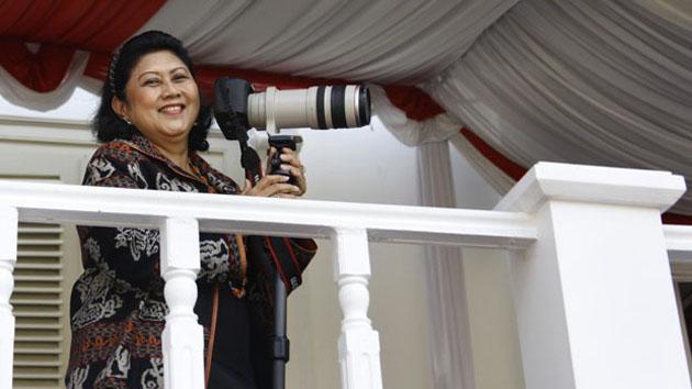 Jepretan Foto Gerhana Matahari Punya Ibu Ani Yudhoyono Ini Sungguh Indah