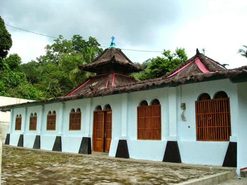kondisi masjid Saka Tunggal Baitussalam banyumas