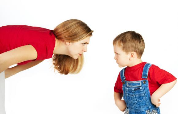 Kiat Kendalikan Anak Agresif