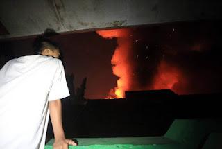 Kebakaran Eratex Djaja Merambat ke SMP 10