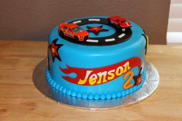 Birthday Cake Ideas Photos Hot : Hot Wheels Racing League: Hot Wheels Birthday Party Cakes