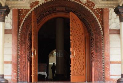 Jika Lakukan Ini, Anda Masuk Neraka Melalui Pintu Masjid