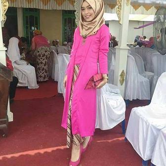 Baju Kebaya Muslim Untuk Acara Pernikahan