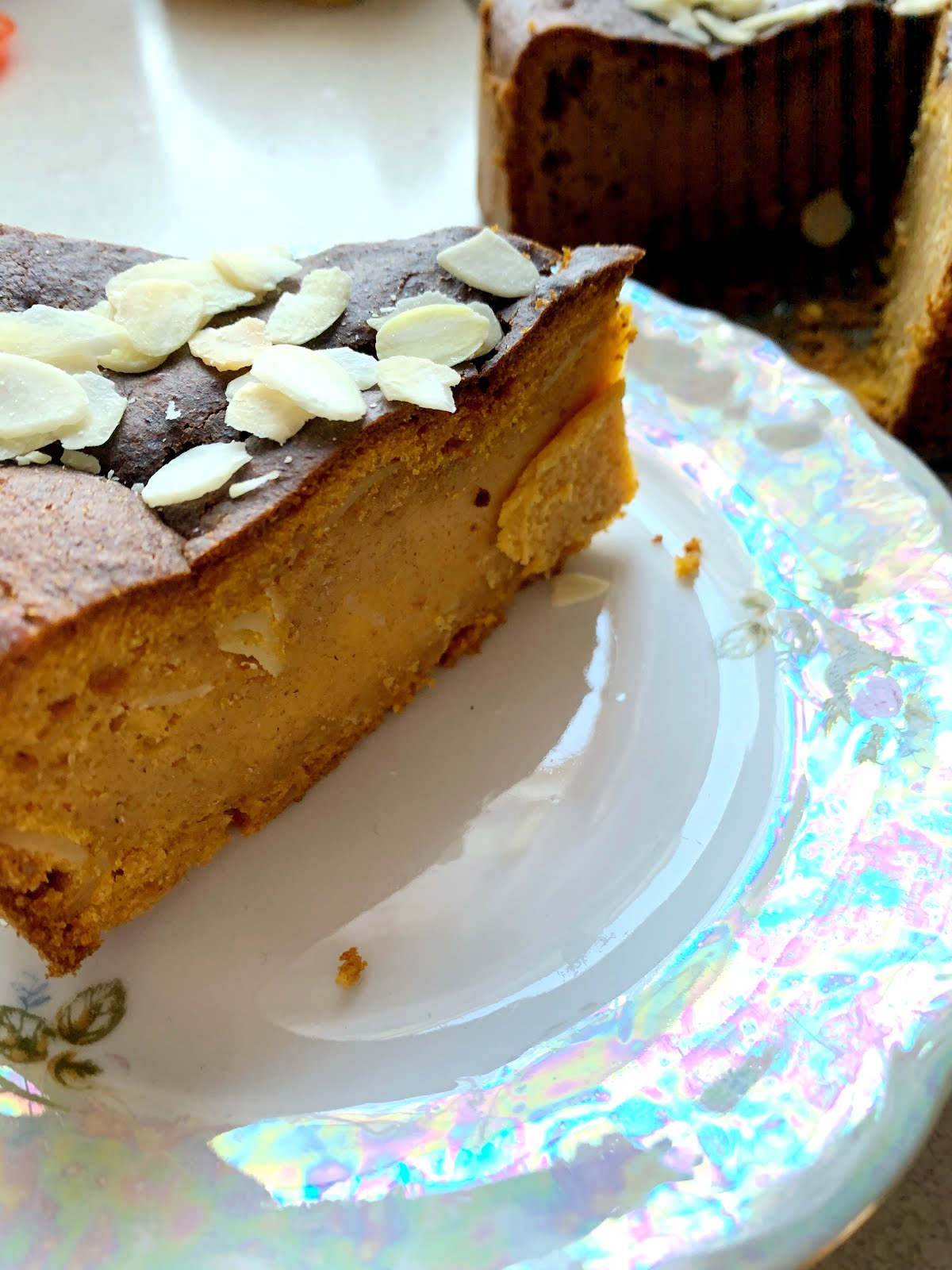 Wegańskie Ciasto dyniowe  z migdałami
