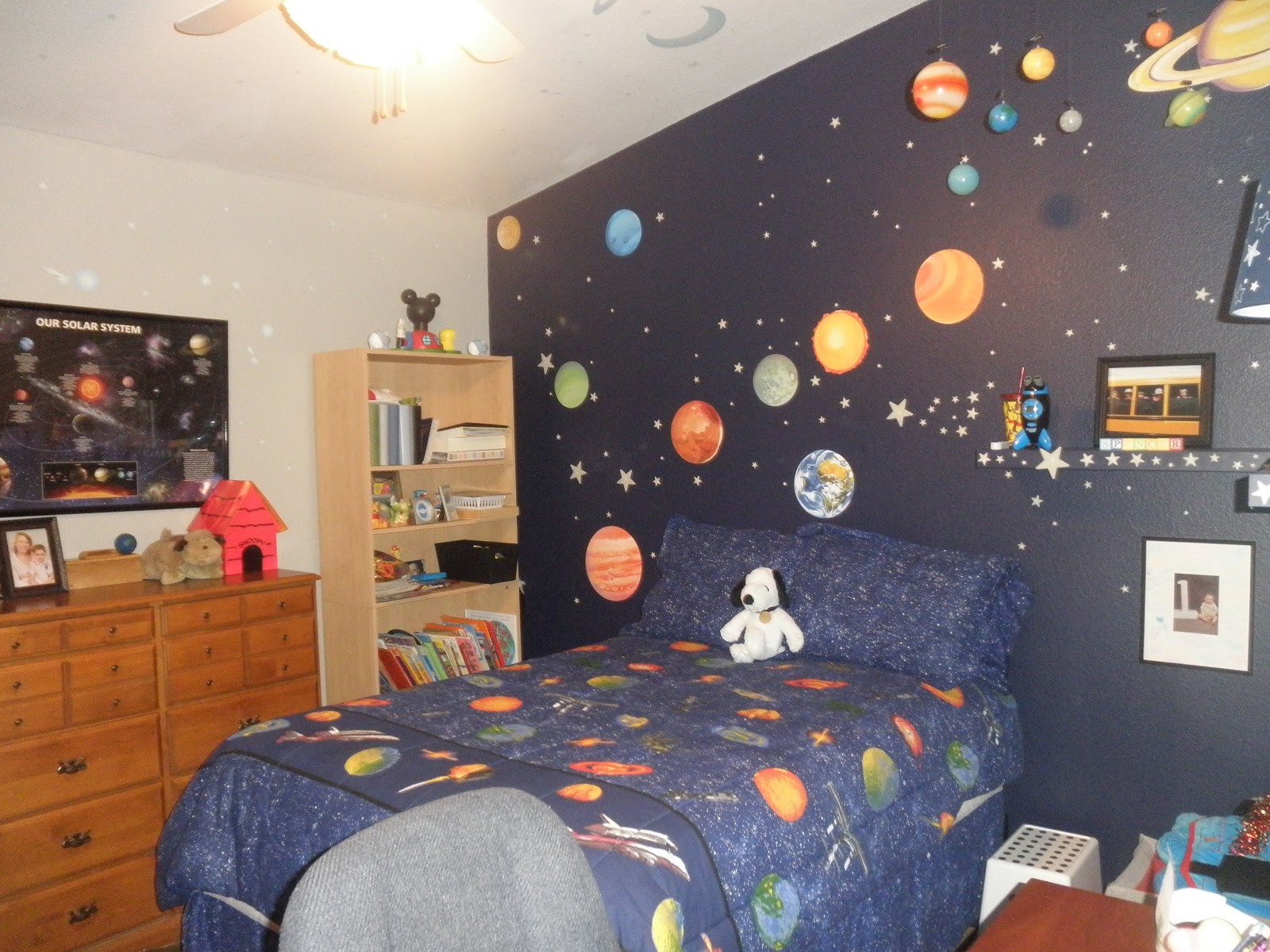 A Beagle And A Baby: This Is Our......outer Space Bedroom