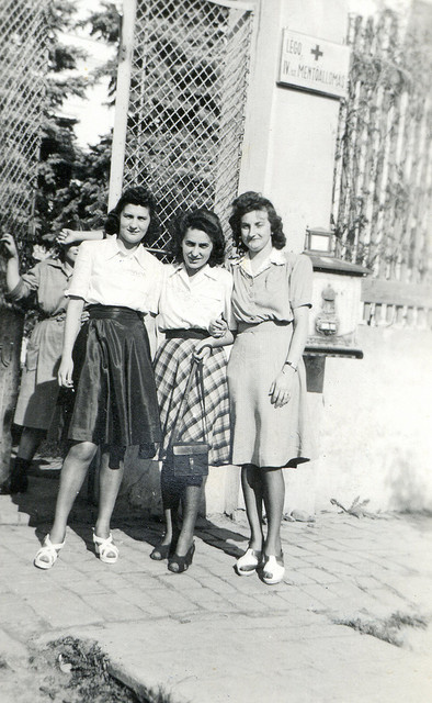 1000 Images About 1940s Fashion On Pinterest: Black And White Vintage Photos Of 1940's Fashion