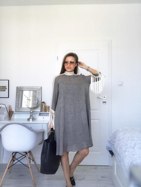 Sukienka z frędzlami Lidii Kality frędzle ręcznie plecione szyta dress Lidia Kalita wiosna-lato 2017 wiosna - lato kolekcja chemistry len lniana indiańska etniczna zwiewna wygodna style blog modowy fashion moda stylizacja szara szarości khaki beże