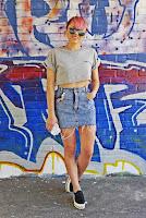 http://www.karyn.pl/2017/07/crop-top-i-jeansowa-spodnica.html