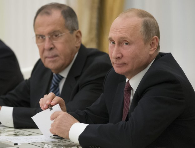 Λαβρόφ: Οι ΗΠΑ κυριότερη απειλή για την εδαφική ακεραιότητα της Συρίας