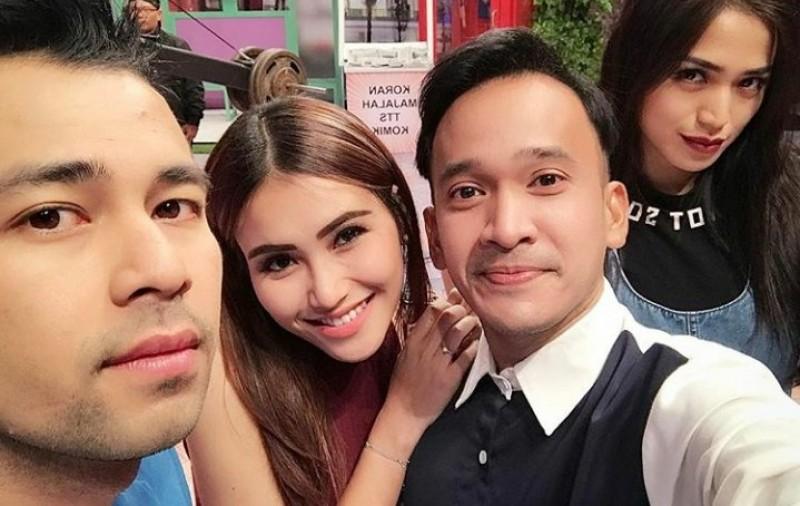 Ruben Onsu mengunggah foto bersama Raffi, Ayu dan Jedar