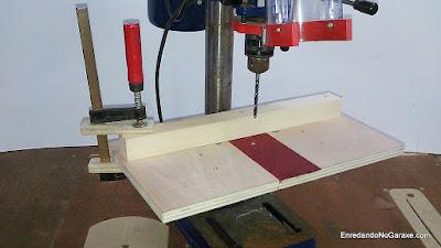 Cómo hacer una mesa para el taladro de columna. http://www.enredandonogaraxe.com