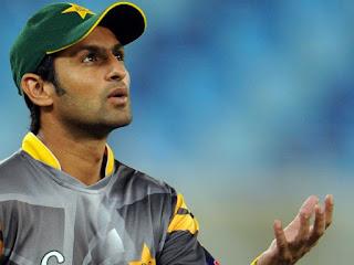 shoaib malik against india