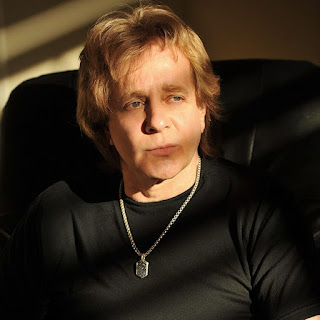 Video interview: chattng with Eddie Money at the 'Hollywood Walk of Fame Honors'