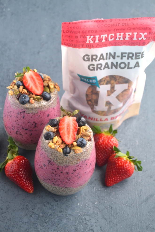 Vanilla Berry Chia Seed Pudding takes 5 minutes to make and features layers of creamy vanilla chia seed pudding, frozen whipped berries and is topped with crunchy grain-free granola and berries for a protein, fiber and omega-3 rich breakfast! www.nutritionistreviews.com