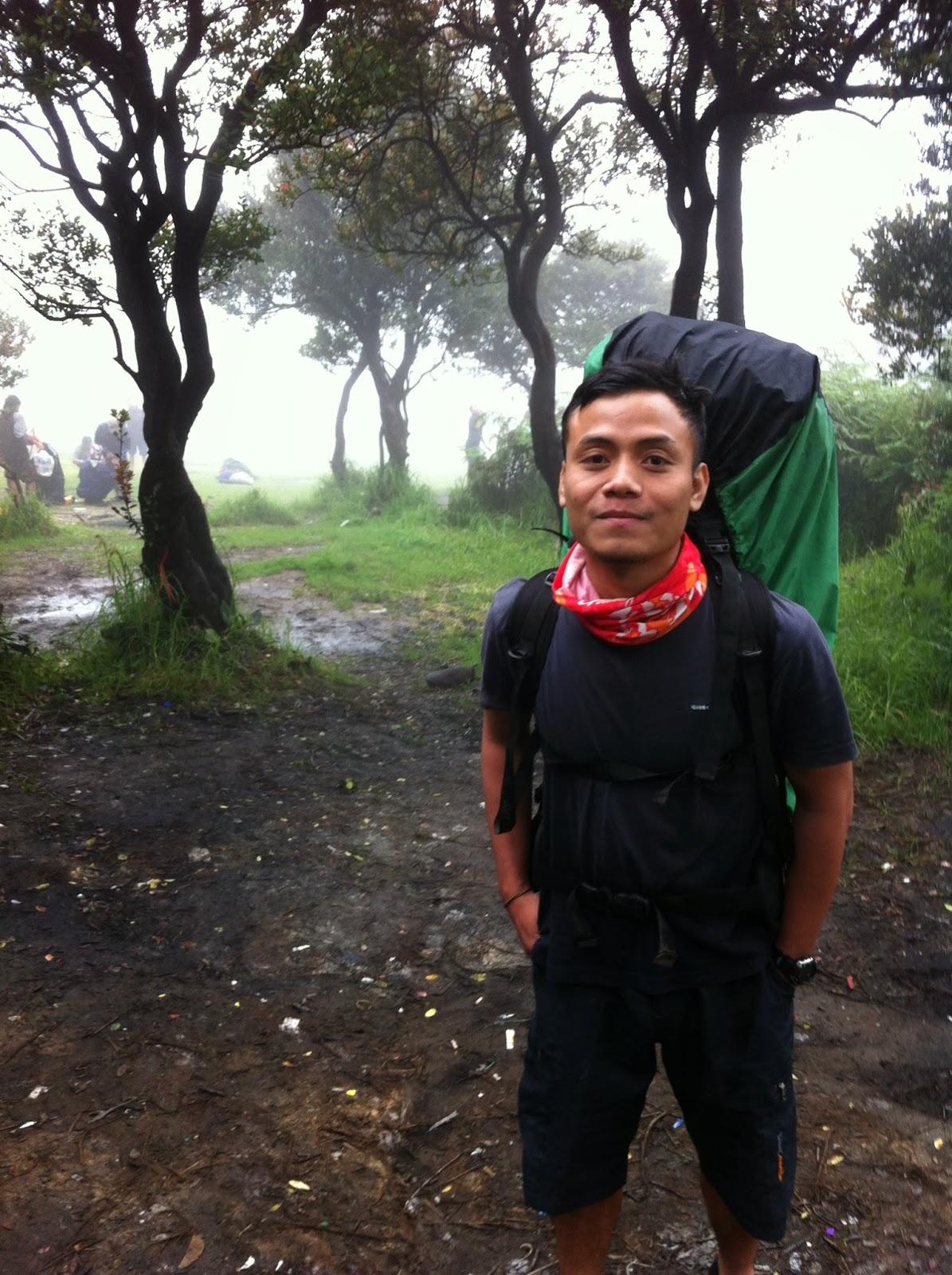 Peralatan Mendaki Gunung Jalan Pendaki