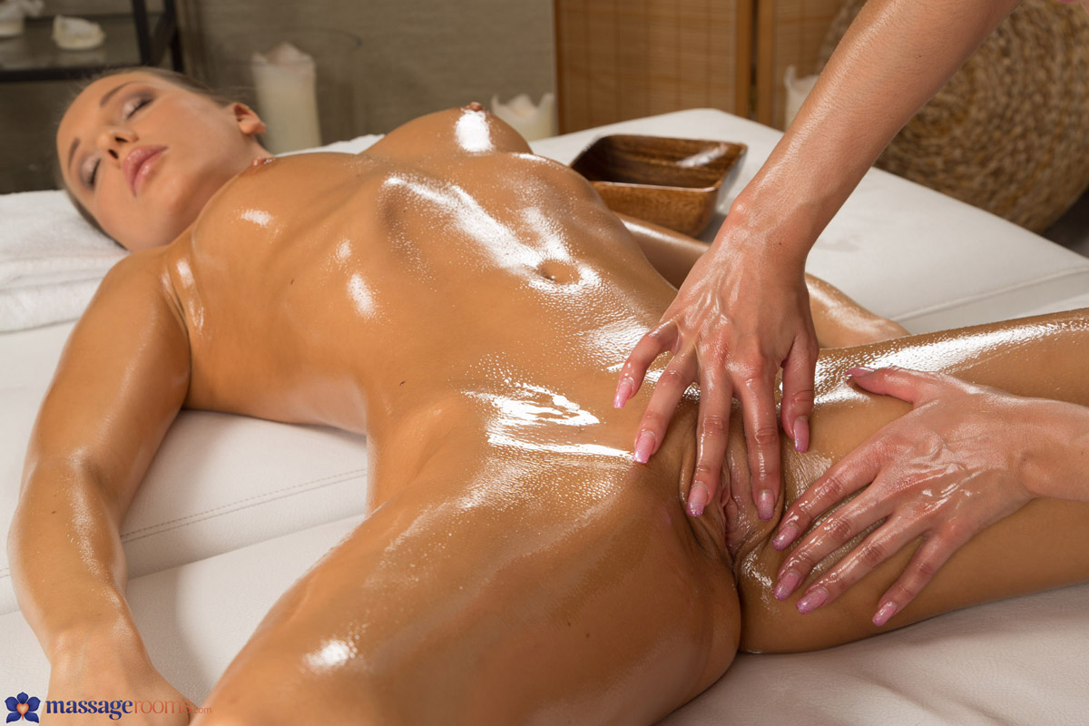 показать как делать массаж киски уфы