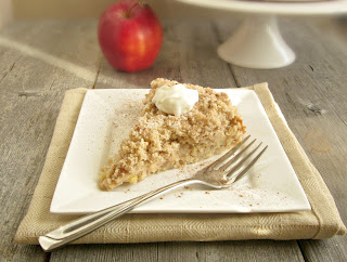Cinnamon Apple Crumb Cake