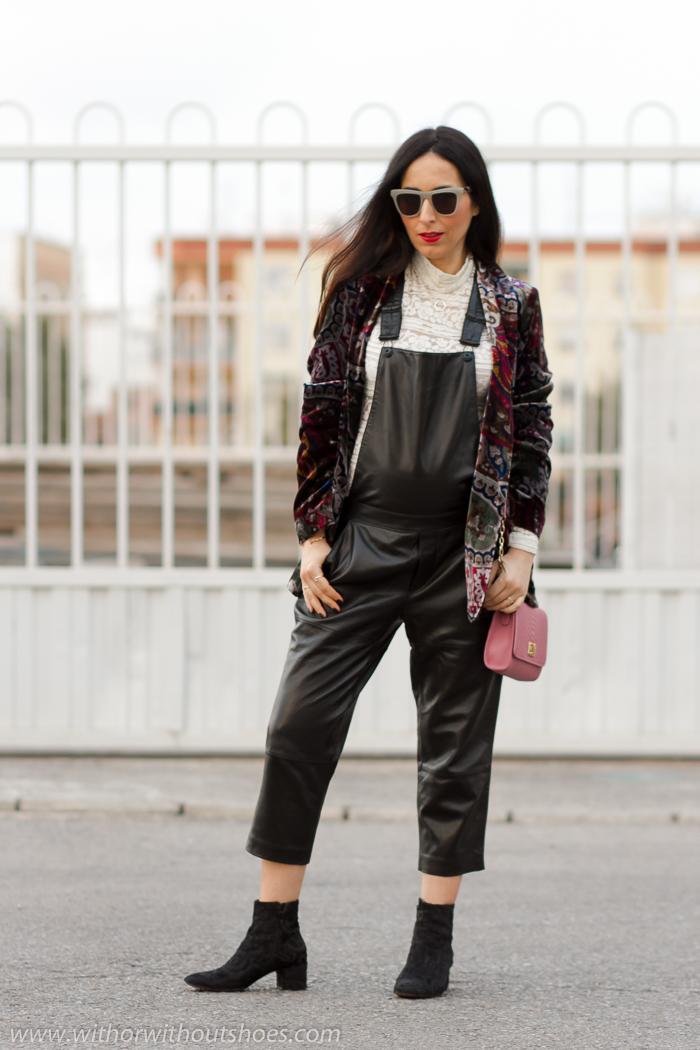 Blogger influencer embarazada con ideas para vestir con ropa de zara