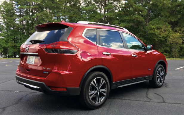 2017 Nissan Rogue AWD Review
