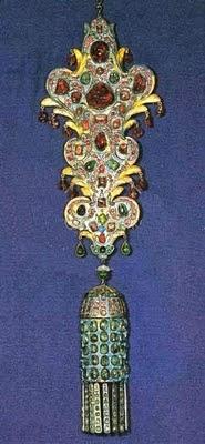 La joyería del Imperio Otomano Topkapi_Suspensi%25C3%25B3n.+Oro%252C+plata%252C+rub%25C3%25ADes%252C+esmeraldas%252C+turquesas
