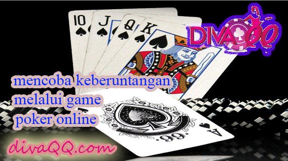 Mencoba keberuntungan dengan bermain judi poker online