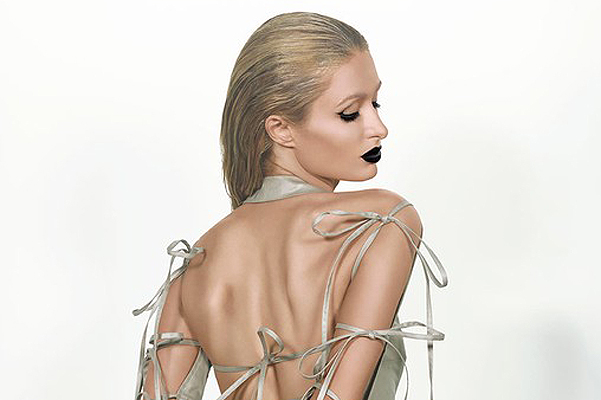 Following in the footsteps of Kim Kardashian: Paris Hilton undressed for the magazine Paper