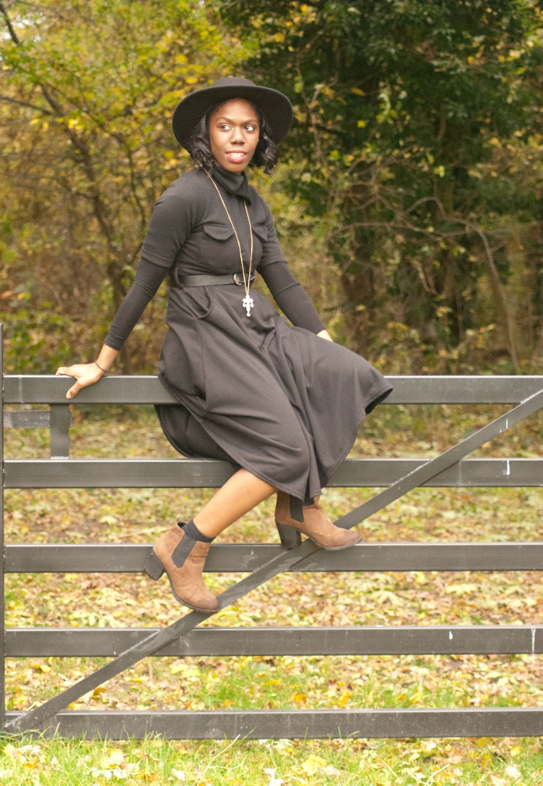 Boohoo duster coat, Boohoo black midi dress, fryent country park, fashion blogger, 100 Ways to 30, Style & Fashion