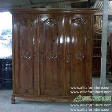 lemari pakaian kayu jati ukiran model angsa