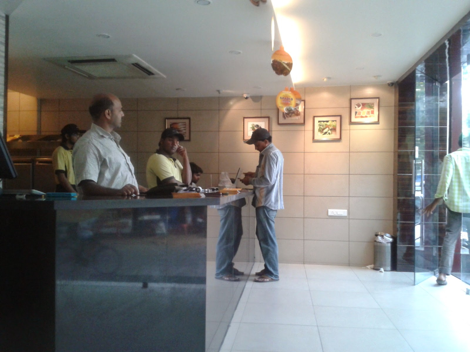 Foodaholix Shadab haleem takeaway counter