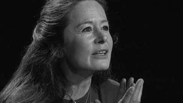« La démarche de Christiane Singer, son courage, sa générosité sont sublimes, elle le sait, le dit et c'est sans doute ce qui lui donne cette force magnifique. [...] D'un lyrisme dense et cru, elle réinvente ici la mort, en fait le visage même de la vie. » Fabienne Pascaud, Télérama. « Un testament spirituel de tout premier ordre. [...] Un hymne à la joie [...]. Un français étincelant, épuré jusqu'à l'os et pourtant baroque. »