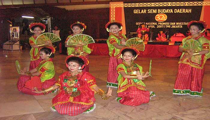 Tari Bamba Manurung, Tarian Tradisional Dari Provinsi Sulawesi Barat