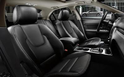 Ford Fusion: 2.70 L V6 EcoBoost, 325 horsepower, torque: 380 lb.ft
