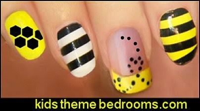bee nail art - bumble bee nail decorating - bee themed nail art