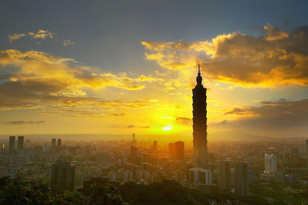 Top 5 Earthquake Resistant Structures Worldwide - Taipei 101