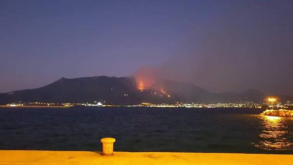 Δύσκολη νύχτα στο Λουτράκι: Εκκενώθηκαν μοναστήρια - Στη μάχη με τις φλόγες κι ο στρατός