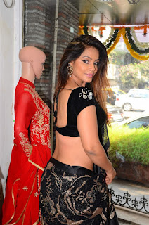 Neetu Chandra in Black Saree at Designer Sandhya Singh Store Launch Mumbai (41).jpg