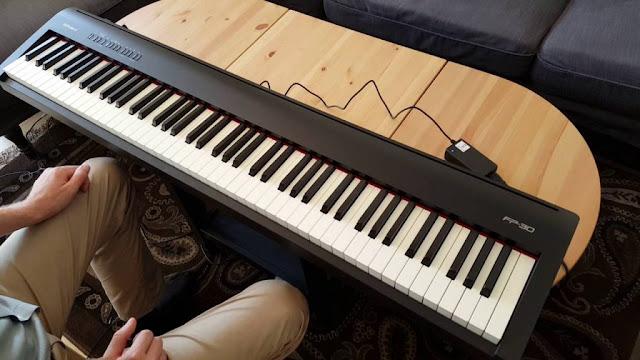 Thông tin đầy đủ về đàn piano điện roland FP30