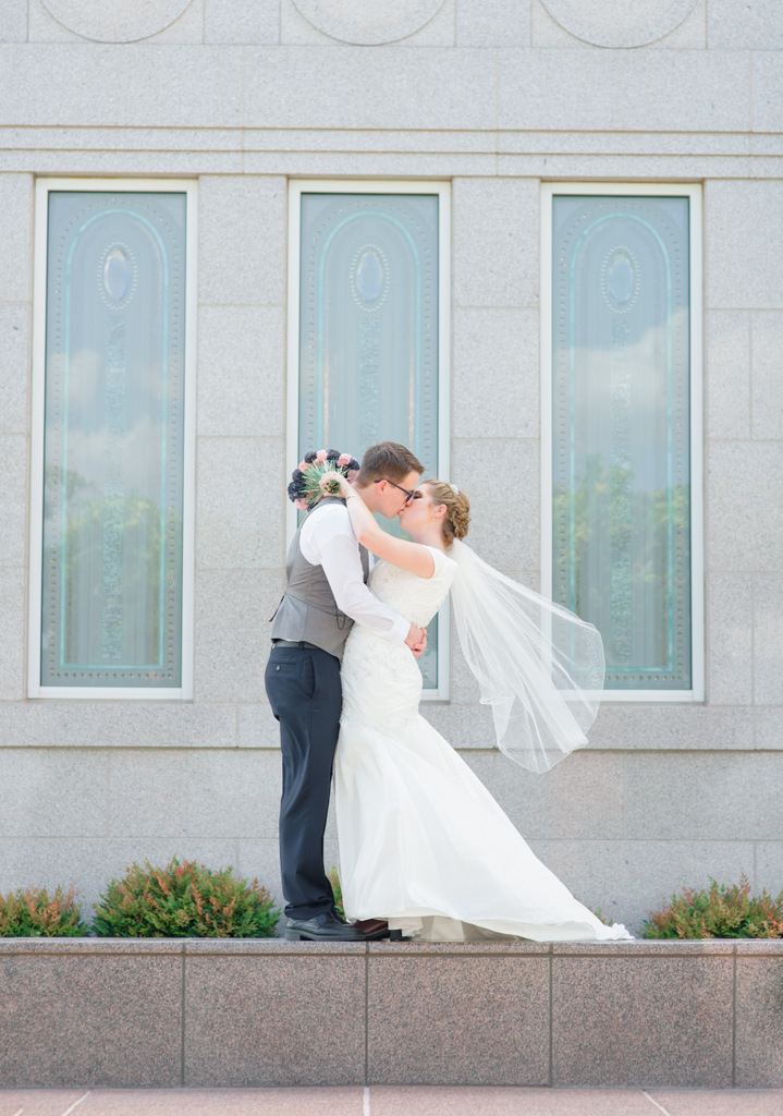 Lds Wedding Gown 44 Ideal Snowflake LDS Temple Wedding
