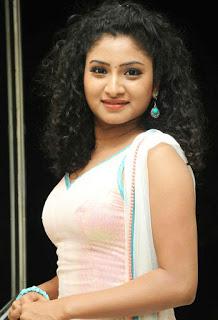 Vishnupriya Profile Biography Biodata wiki Age Affairs Height Weight Husband and Family Photos
