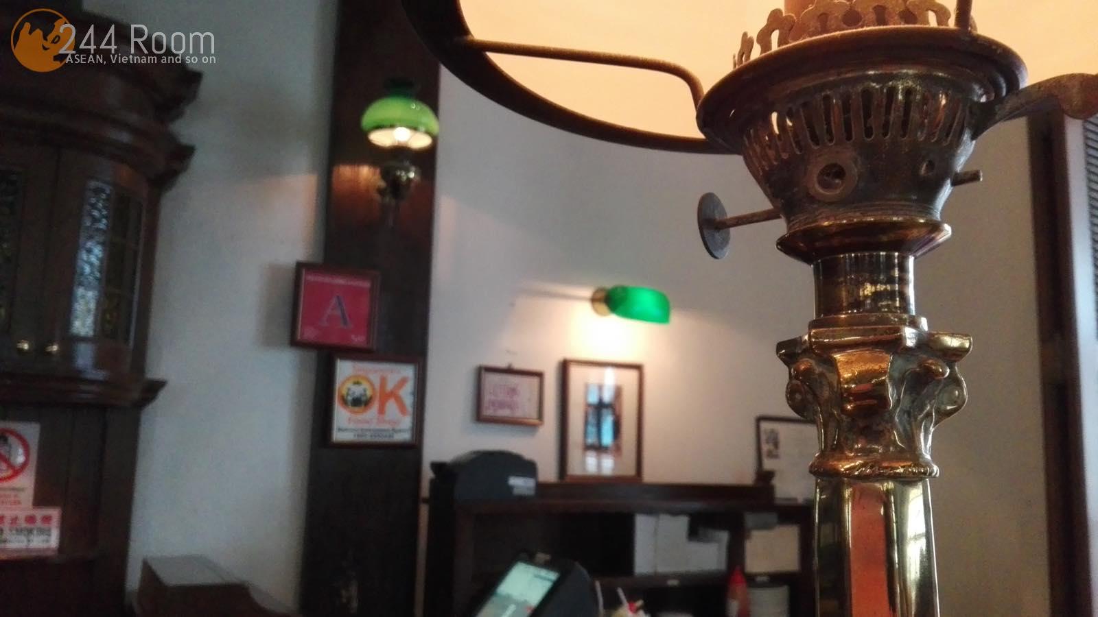 ラッフルズホテルロングバー Raffles-hotel-longbar2