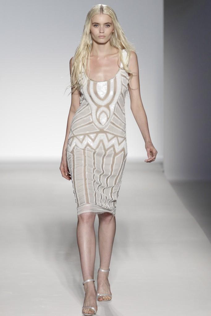 how do i love thee Alberta Ferretti Spring 2012 RTW