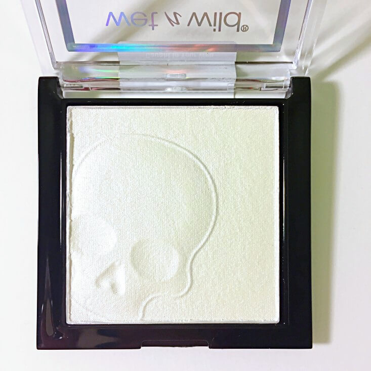wet n wild Fantasy Makers megaglo Highlighting Powder Caught In Your Web