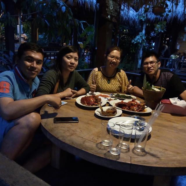 Makan di bandar djakarta alam sutera