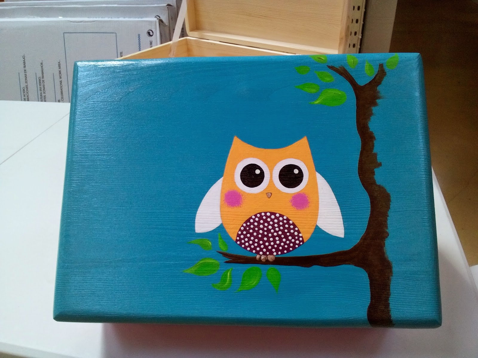 Pintar cajas de madera personalizadas - Como decorar un dibujo ...