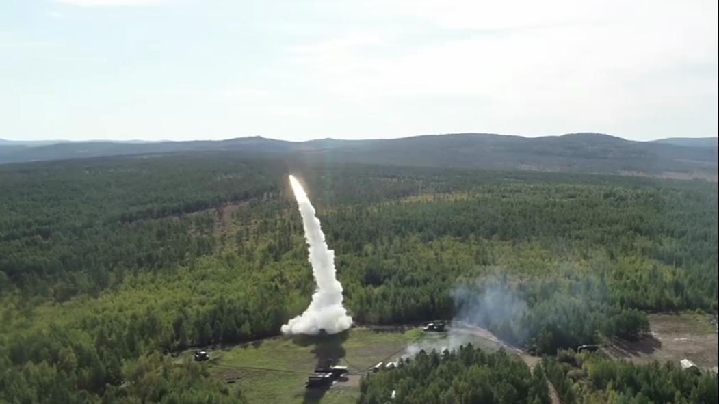 Kru pertahanan udara S-400 di Krimea sepenuhnya siap penggunaan tempur
