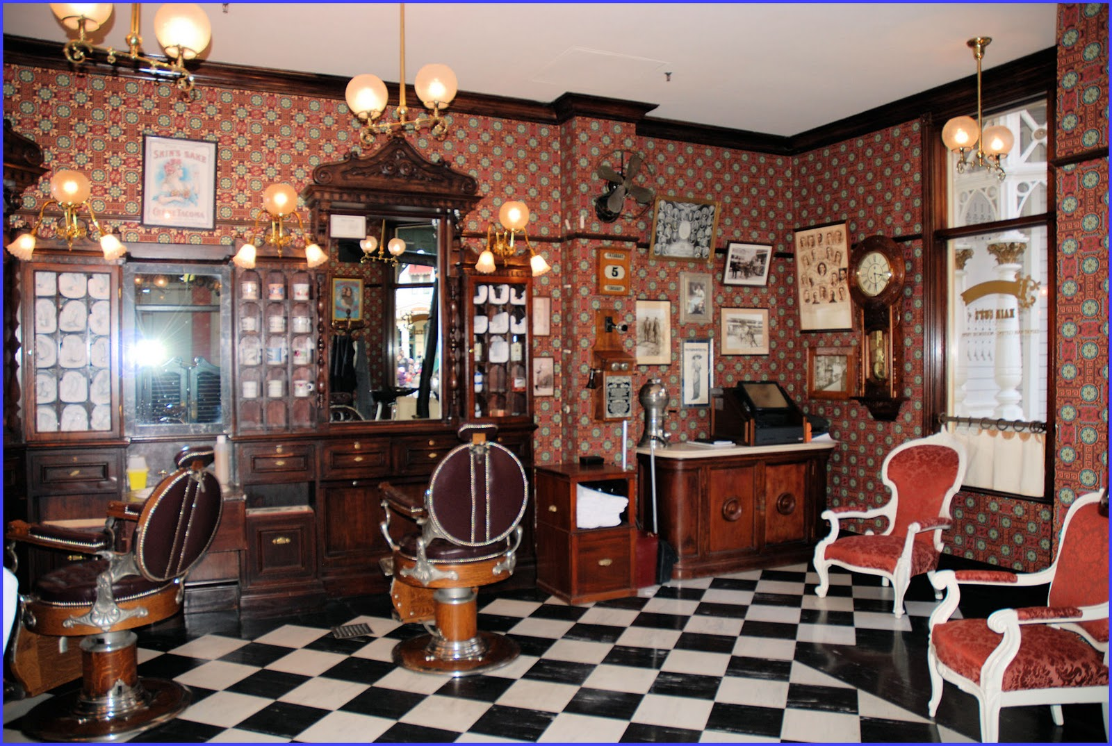 Salon Vintage Paris Df 3982 Barbering In Paris