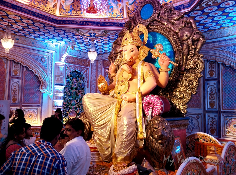 Beautifully decorated Fortcha Icchapurti Ganesha, Ganesh Pandal Hopping, Mumbai