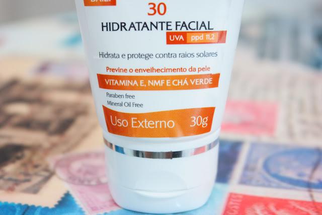 pele, proteção solar, hidratante facial, rejuvenescedor com FPS, ácido hialurônico, vitamina E, chá verde, tensine, DMAE, pele mais firme