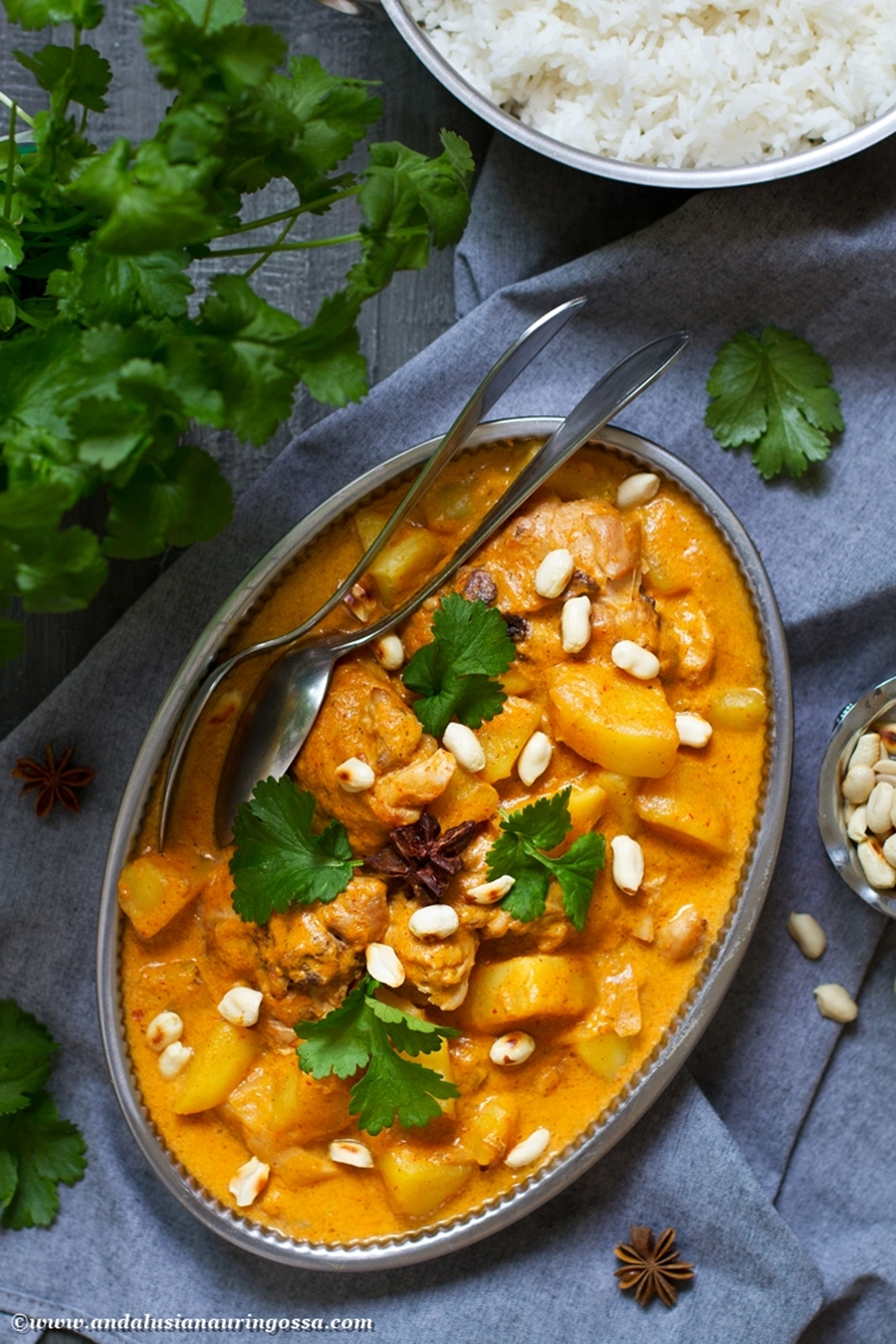 Andalusian auringossa_perunareseptejä ympäri maailman_Massaman curry_gluteeniton_kosher